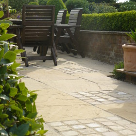 Moorland York F25 Eco Weathered Sandstone 4 Size Mix