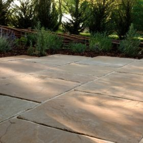 Moorland York F40 Weathered Sandstone 4 Size Mix