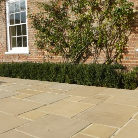Brindal F105a Sawn And Etched Sandstone 300x300mm