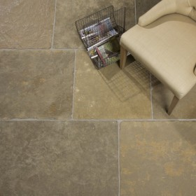 Byron Lightly Seasoned Limestone