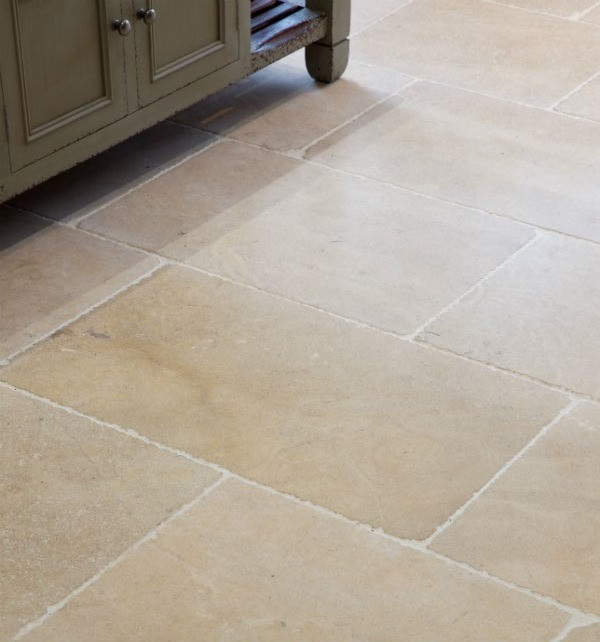 Tumbled Noce Stone Effect Travertine Wall Tile Pack Of 15: Calcot Tumbled Limestone Tiles