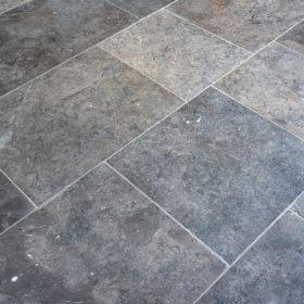 Tidal Grey Honed and Tumbled 30mm Limestone