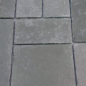 Tarragon F40 Weathered Limestone 3 Size Mix